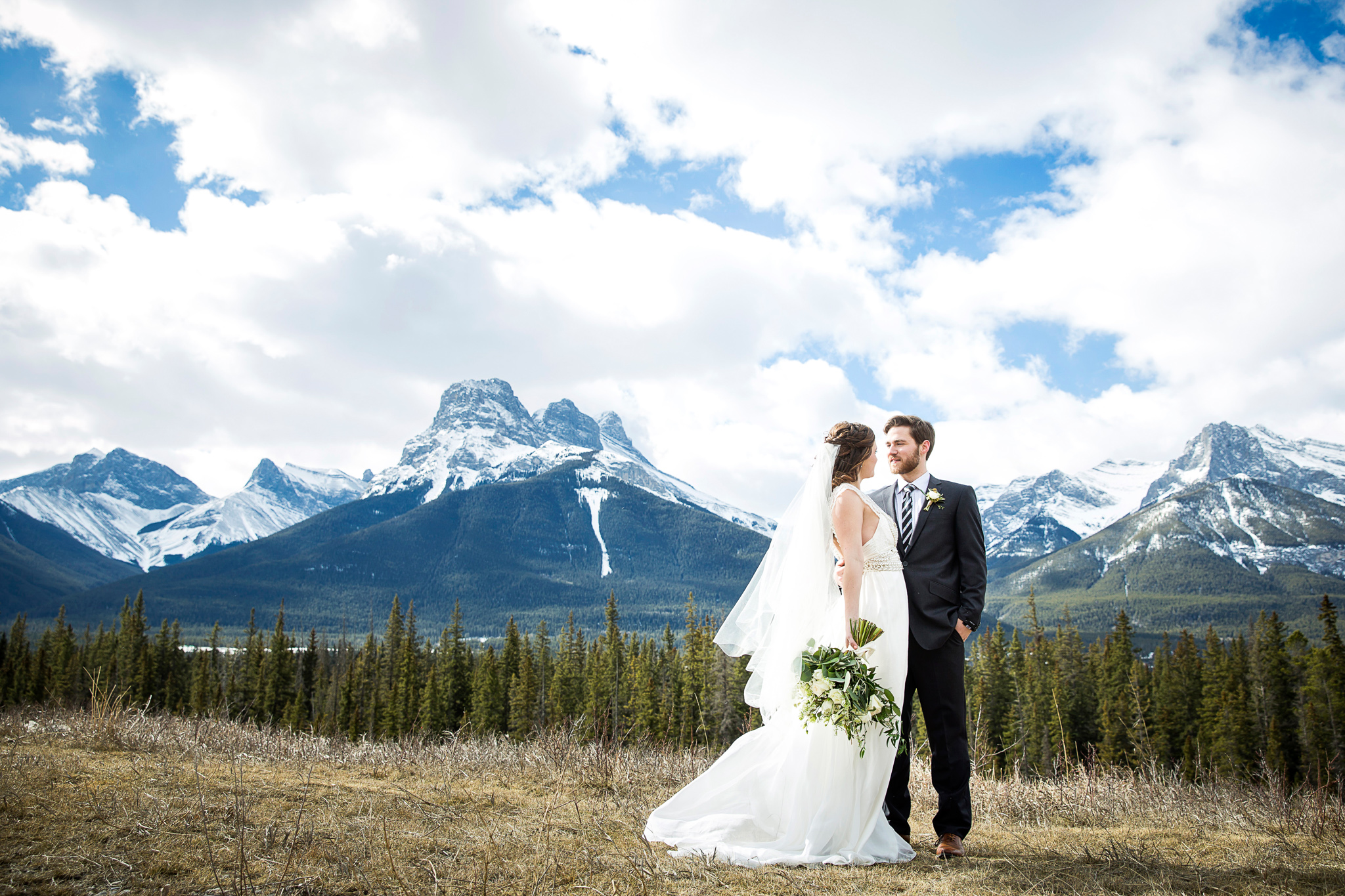Canmore wedding from Naturally Chic Wedding Planning & Design | Photo Kim Payant Photography