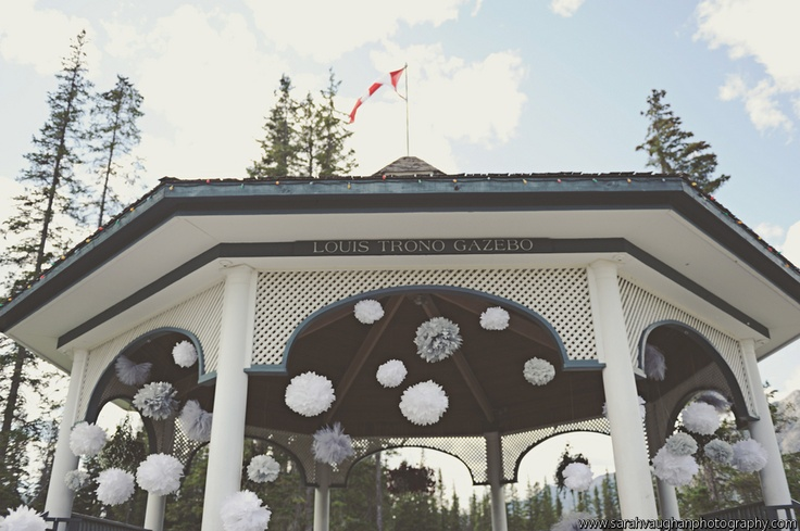 outdoor-wedding-ceremony-banff-canmore