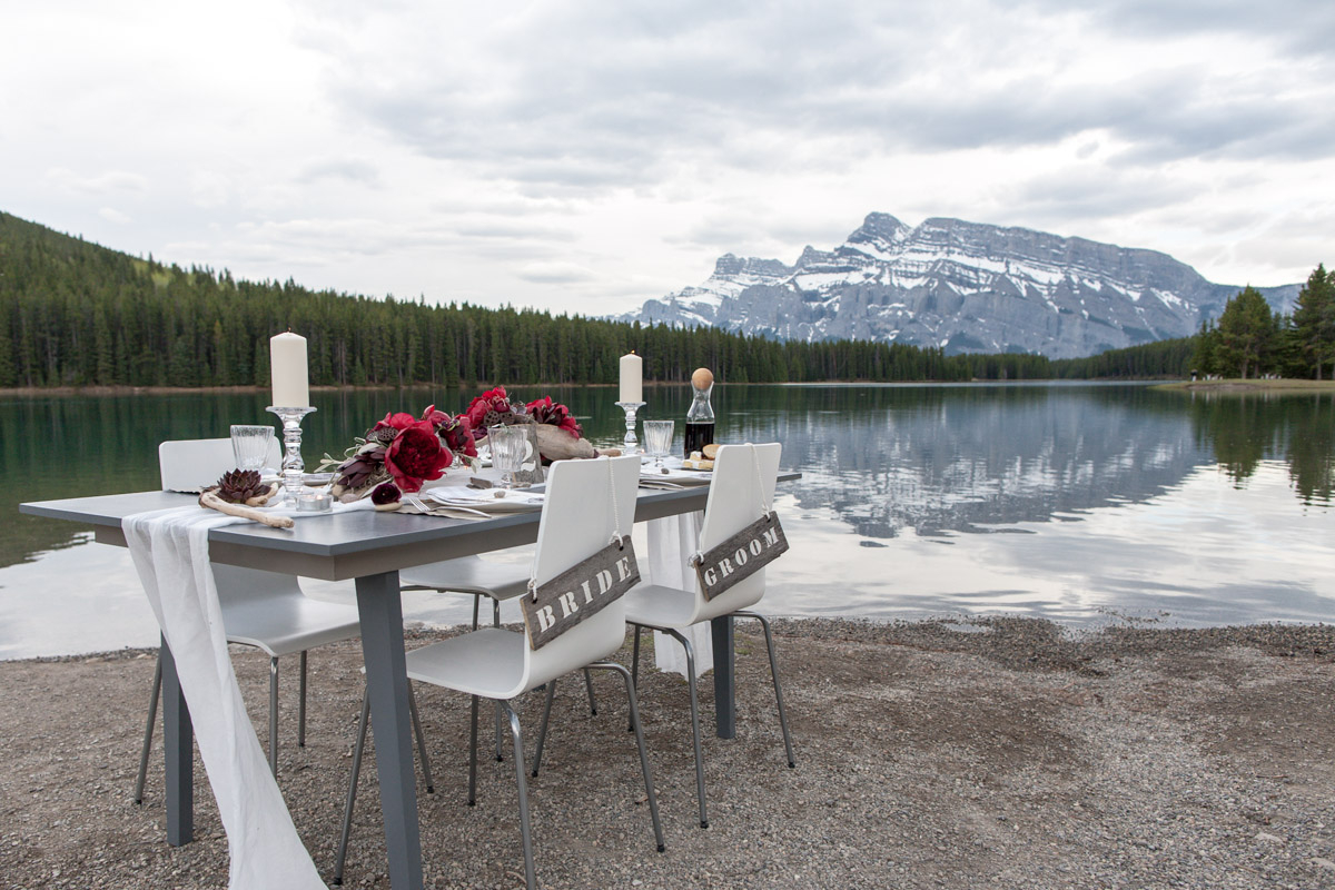Two-jack-lake-wedding-banff