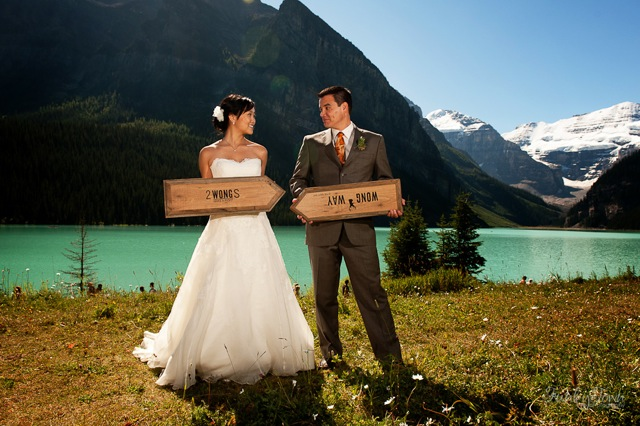 Lake Louise Deer Lodge wedding from Naturally Chic | www.naturallychic.ca | Photo by Funky Town Photography