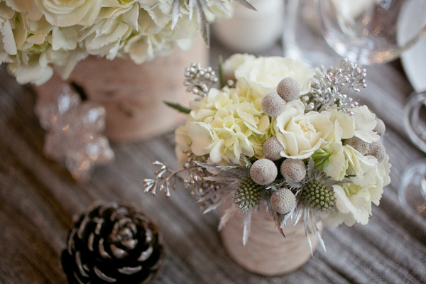 white-winter-wedding-flowers-emerald-lake-lodge