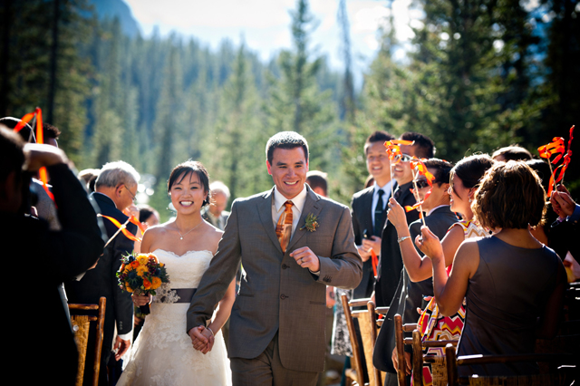Lake Louise Deer Lodge wedding by Naturally Chic | www.naturallychic.ca | Photo by Funky Town Photography