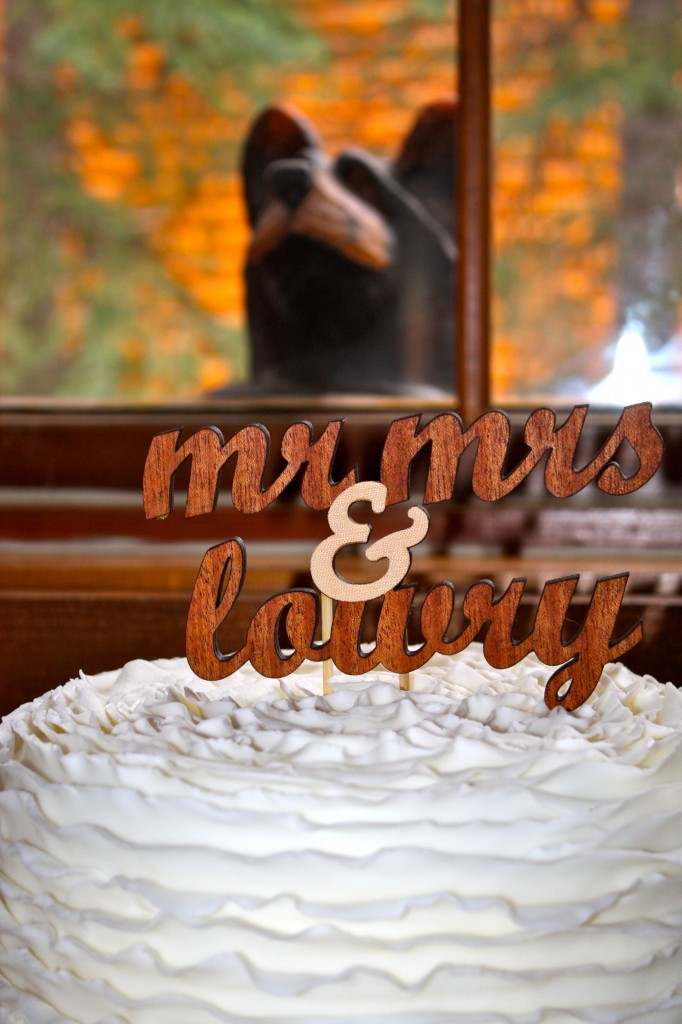 wood-cake-topper