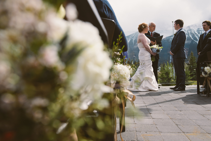 Canmore-mountain-wedding-ceremony