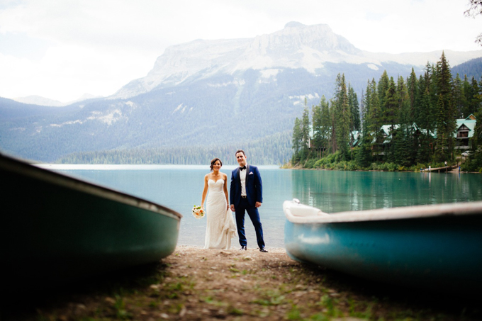 Emerald Lake Lodge wedding couple, Michelle and Jon | Photo by T.Law Photography.