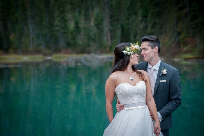 emerald-lake-lodge-wedding with www.naturallychic.ca | Photos by www.f8photography.com